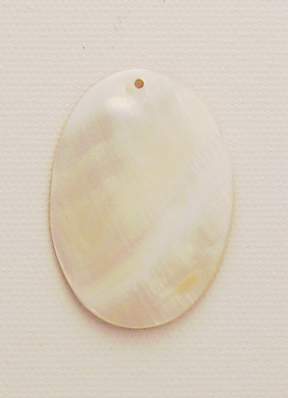 Photo of mother of pearl shell bead pendant