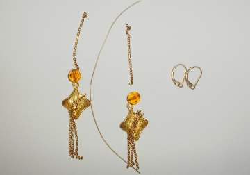 Gold Fan Earrings Earrings